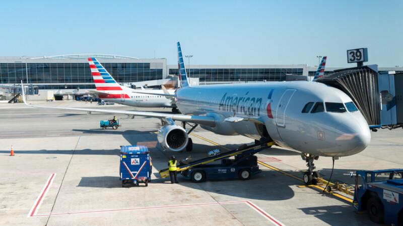 avioane american airlines