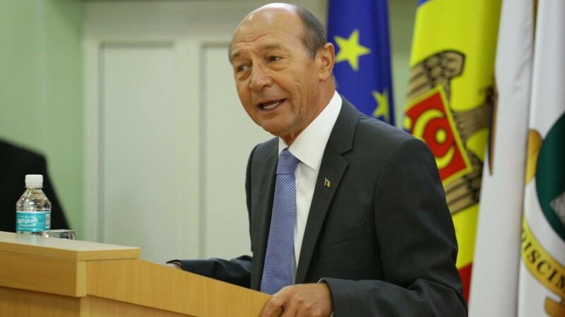 """Băsescu, mândru de primarii promovați de el, cu excepţia lui Vâlcov: """"Un rebut moral"""""""