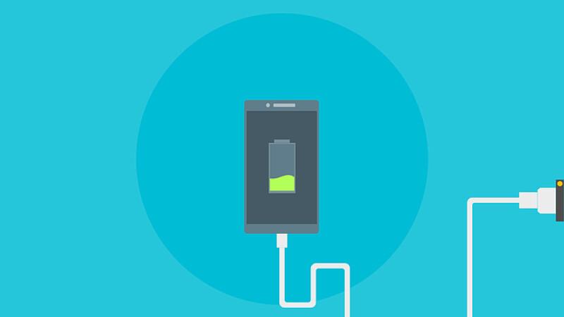 Ne imaginăm sau chiar telefoanele noastre rămân mai repede fără baterie? Test
