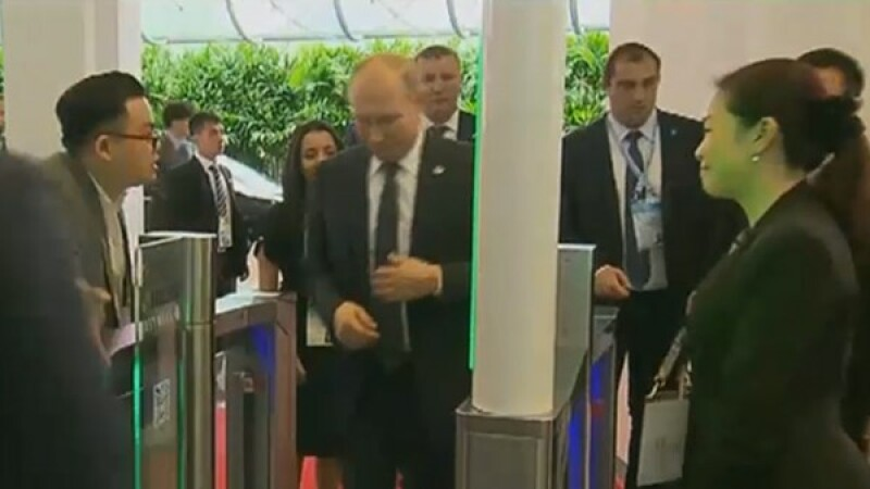 Vladimir Putin la summitul ASEAN