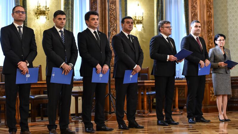 Noii membri ai Cabinetului Dăncilă au depus jurământul de învestitură la Cotroceni