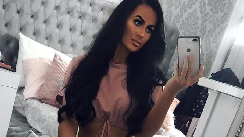 Tânăra care a câștigat 60.000 de lire în numai 8 luni, după ce a vândut câteva selfie-uri - 5