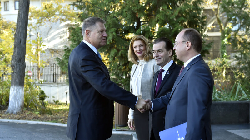 Preşedintele Iohannis se întâlneşte la Cotroceni cu premierul Orban şi cu miniştrii de Finanţe şi de Externe
