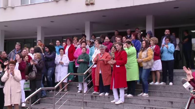 Proteste ale angajaților unui spital din Craiova. Nu au căldură și materiale