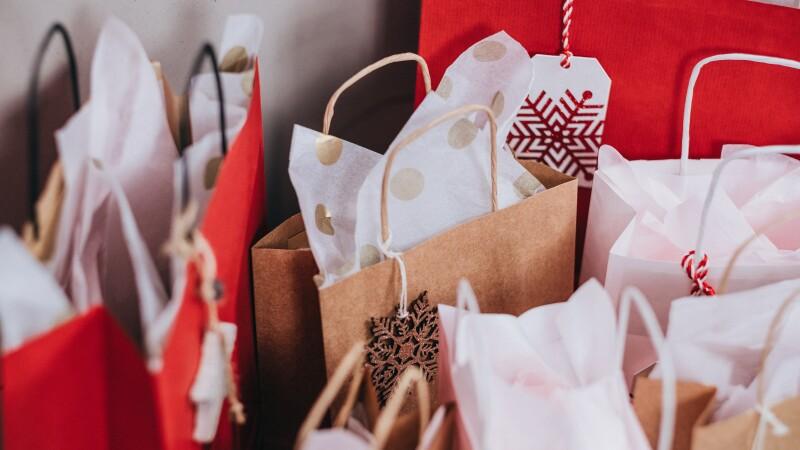 cadouri personalizate ad
