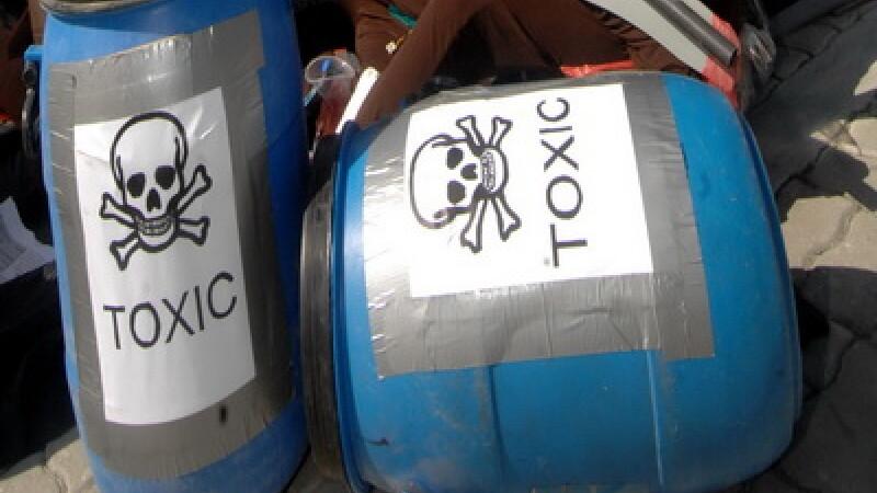 Pericol de moarte,din cauza ca au ascuns 20.000 de tone de substante toxice