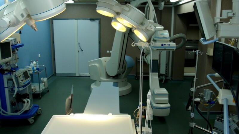 In Romania, pacientii platesc pentru utilizarea angiografului, desi acest lucru este ilegal