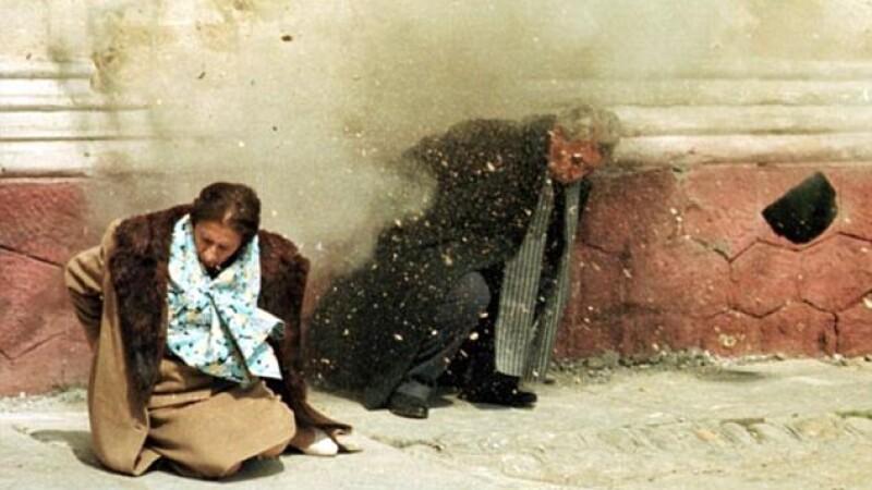 Momentul in care sotii Ceausescu au fost executati, in urma cu 22 de ani. VIDEO
