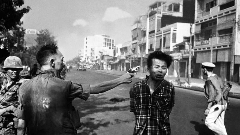 Crimele din Vietcong, comise de seful politiei din Saigon, Eddie Adams, 1968