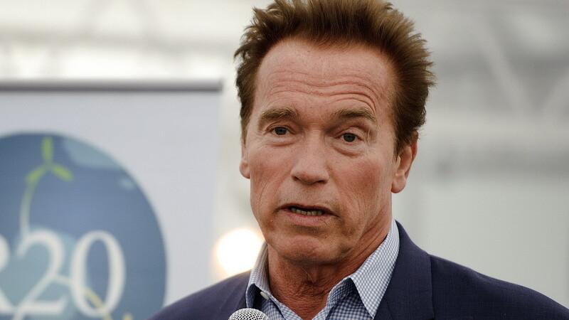 Un site cu filme pentru adulti ofera 150.000 dolari pentru o fotografie nud cu Arnold Schwarzenegger