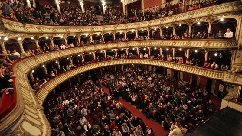 Vesti bune pentru locuitorii din Cluj. Se pot achizitiona online bilete la Teatrul National