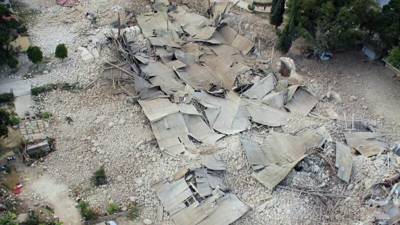 Bilantul cutremurului de 7,1 din Filipine. Sunt cel putin 172 de morti si 22 de persoane disparute