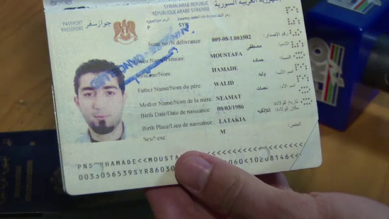 Sase sirieni, descoperiti intr-un TIR, in Dambovita. Au platit 2500 de euro sa ajunga in Austria, de teama razboiului