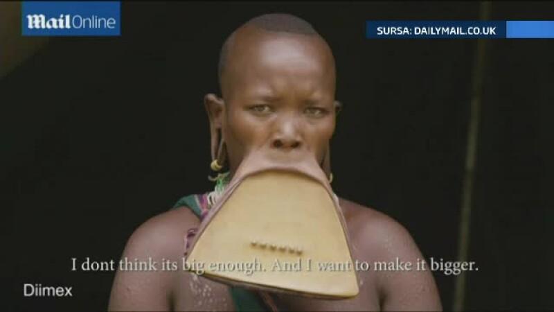 Femeia cu cea mai spectaculoasa podoaba faciala din lume. Si-a pus in buza de jos un disc de 19 centimetri si jumatate