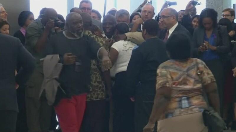 A fost eliberat dupa 29 de ani petrecuti in inchisoare, pentru o crima pe care nu a comis-o. Reactia barbatului