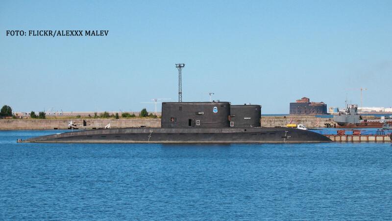 Un submarin rusesc a aparut la 50 km de o capitala europeana. Comandant militar: \