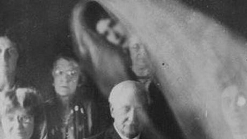 stafie, sedinta de spiritism