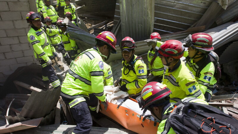 Alunecari de teren in Guatemala - Agerpres - 5