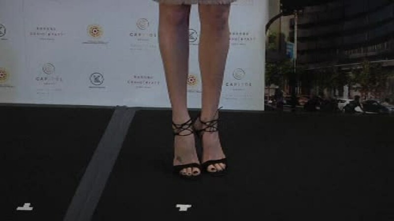 Charlize Theron - STIRI