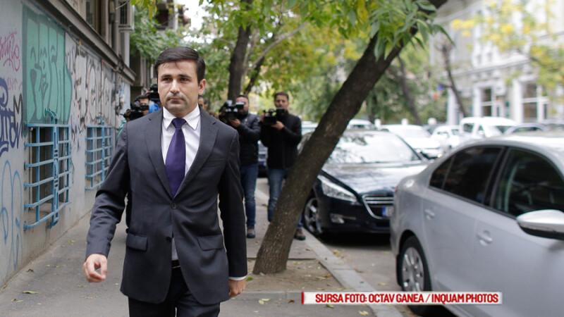 Adrian Gurzau se prezinta la sediul Directiei Nationale Anticoruptie, in Bucuresti, miercuri, 5 octombrie 2016
