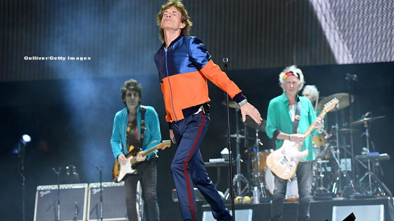 Show incendiar cu The Rolling Stones in desertul din California. Pe aceeasi scena: Bob Dylan, Paul McCartney, Roger Waters
