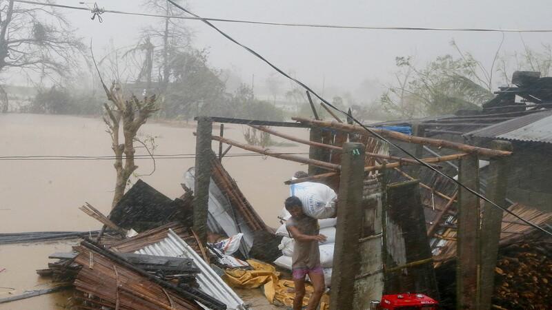 Super taifunul Haima a facut prapad in nordul Filipinelor. Cel putin cinci oameni au murit. VIDEO