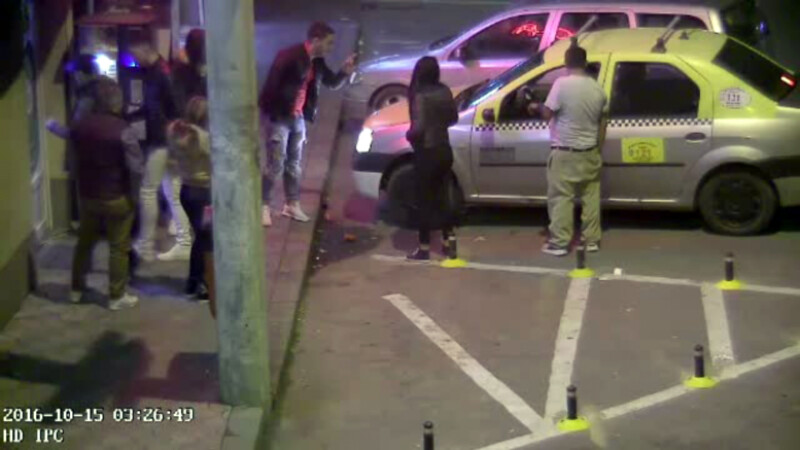 taximetrist atacat