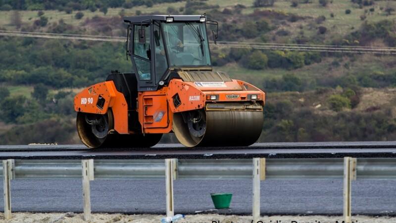 Bâlbe și neînțelegeri la semnarea unui contract pentru 6 km de autostradă
