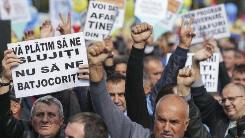 Proteste în București privind contribuțiile sociale. Tudose și Dragnea NU renunță la măsură