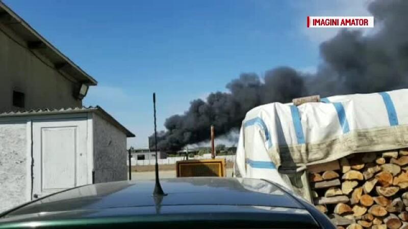 Incendiu la o patiserie, în Oradea: 40 de militari au fost trimiși la fața locului