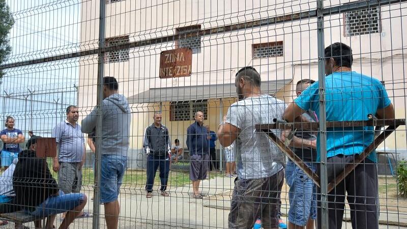 """Val de eliberări din închisori, de joi. Sociolog: """"România nu este pregătită pentru ce va urma, 80% recidivează"""""""