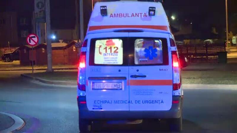 5 oameni la spital, din cauza unui cal. Printre răniţi, o gravidă şi copilul ei
