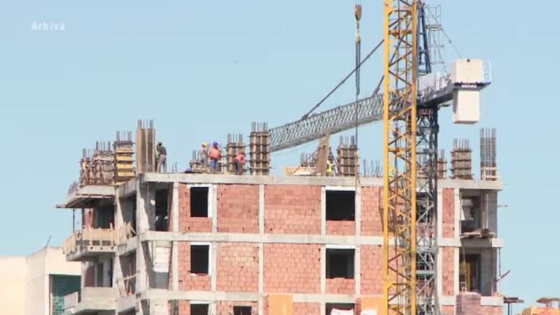 Viorica Dăncilă a anunțat creșterea salariului minim în construcții. Sumele încasate de muncitori