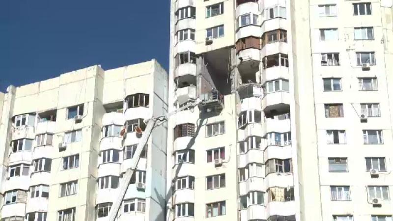 Explozie violentă într-un bloc din Chișinău. O mamă și băiețelul ei au murit