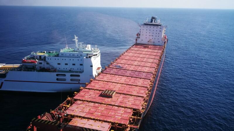 Două nave de tonaj mare s-au ciocnit în apropierea insulei Corsica