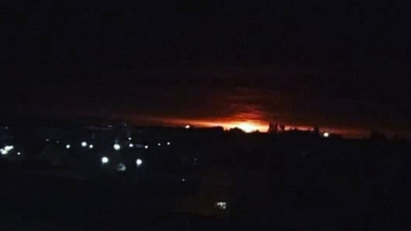 Explozie la un depozit de muniţii din Ucraina. Localnicii au fost evacuați VIDEO