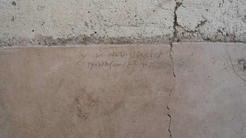 pompei, carbune, inscriptie, eruptie, vezuviu,