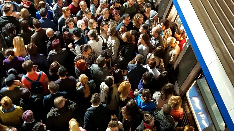Sindicatele susţin că noile metrouri sunt periculoase.