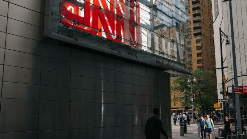 Alertă la sediul CNN. Un apel telefonic a anunţat că în clădire sunt 5 bombe