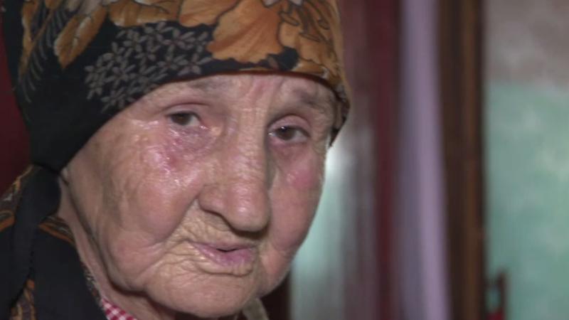 Bătrânii României, abandonați. Cazul Niculinei din Teleorman: la 81 de ani trăieşte singură cu un ajutor de 120 lei