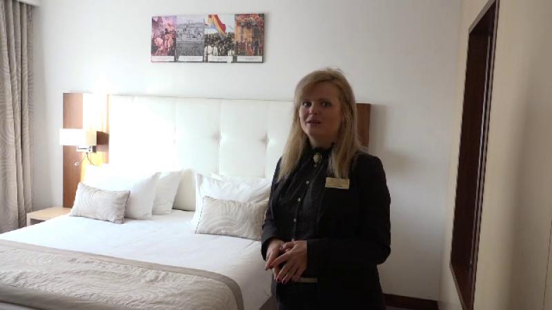 cameră hotel Alba Iulia