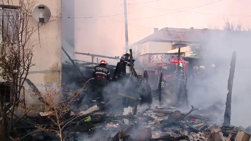 Dezastru într-un bloc din Viișoara, Cluj,