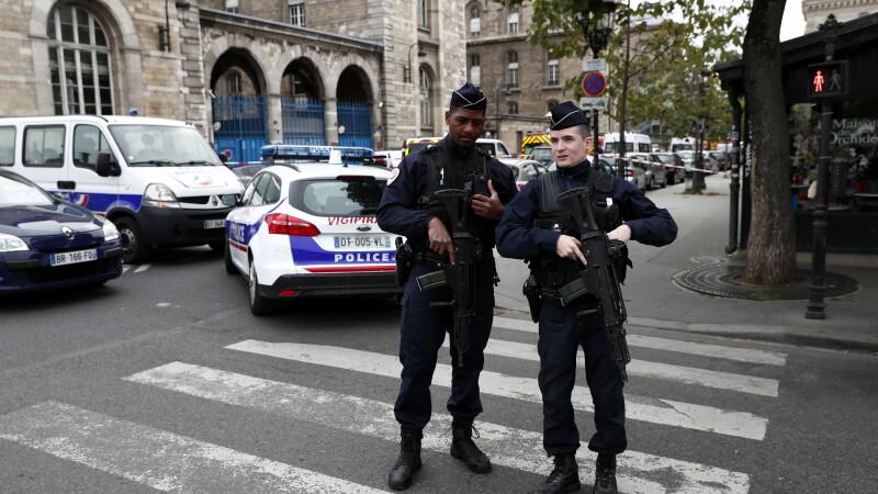 Atac cu armă la sediul Poliției din Paris - 6
