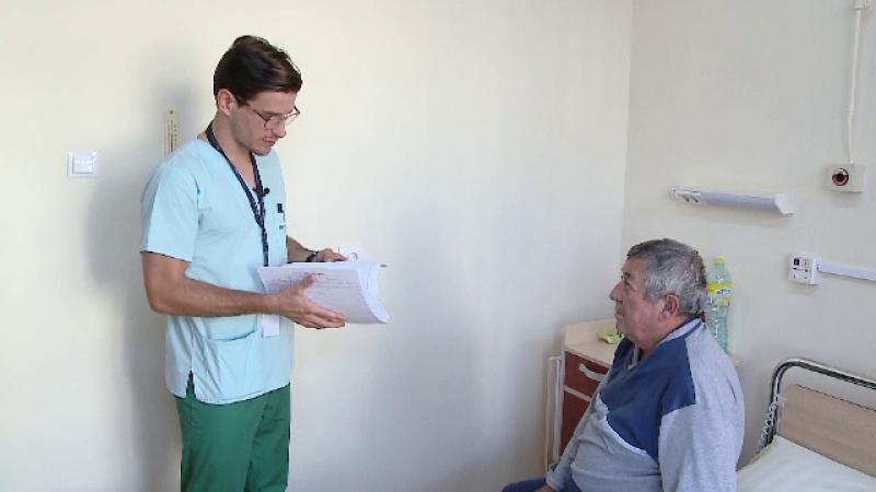 """Cum îi afectează criza politică pe viitorii medici. """"Sunt şomeri de lux cum ar veni"""""""