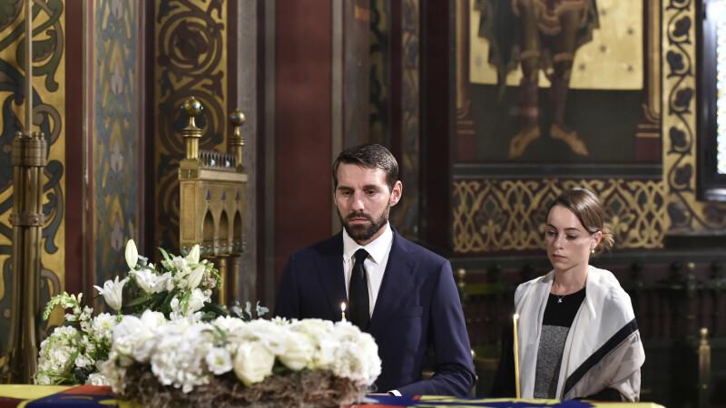 Funeraliile reginei Elena