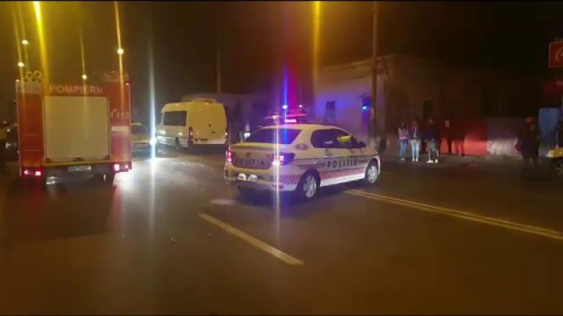 Manevră periculoasă într-o parcare din Pitești. Dezastrul provocat de un șofer băut
