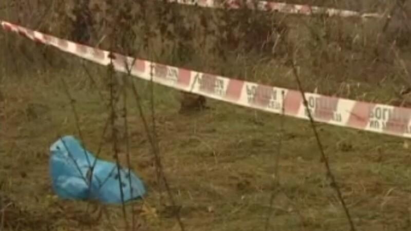Tânăr de 21 ani găsit mort, cu o pungă trasă pe cap, la marginea Bucureștiului
