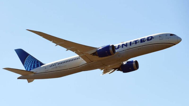 United Airlines va concedia 232 de angajaţi care nu s-au vaccinat împotriva COVID-19