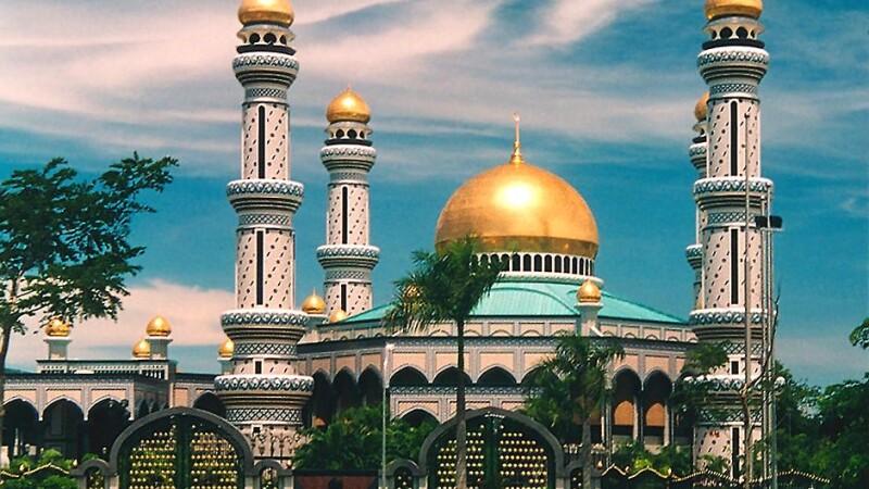 Telefoanele care cheama la rugaciune, un nou trend printre arabi