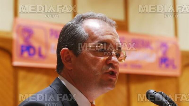 Boc: asemanarea dintre Geoana si Tariceanu este ca niciunul nu va fi premier